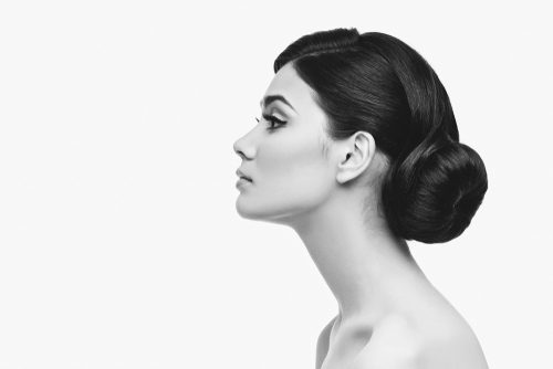 Neck Lifts Help Improve Facial Contour