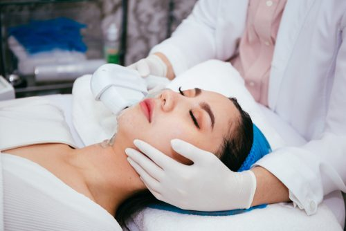 young asian woman getting IPL and laser treatment by beautician-img-blog